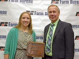 Mishicot High School's Jamie Propson wins Wisconsin Farm Bureau Discussion Meet contest