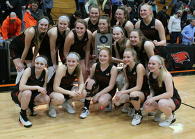Girls Basketball is going to State!
